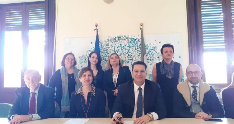 Ρώμη:Υπογραφή μνημονίου συνεργασίας Δήμου Αγρινίου με τον Ιταλικό Συνεταιρισμό Γυναικών Ελαιολάδου 'Pandolea'