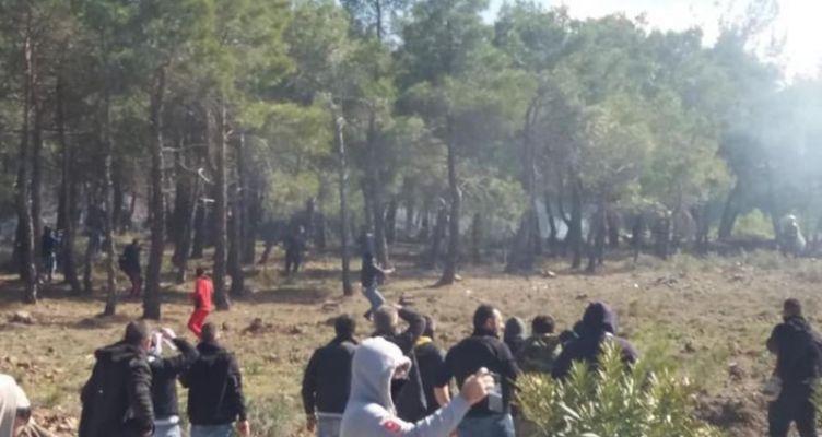 Σοβαρά επεισόδια στο Διαβολόρεμα στη Λέσβο – Καταγγελίες για πυροβολισμούς από αστυνομικούς
