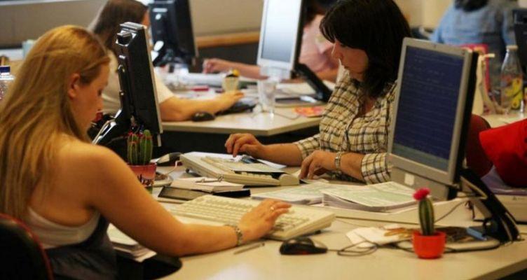 Κορωνοϊός-μέτρα: Άδειες ειδικού σκοπού με πλήρεις αποδοχές για τους εργαζομένους γονείς