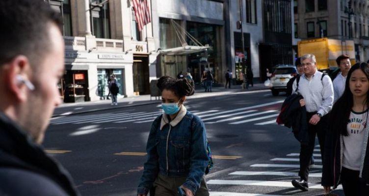 Νέα Υόρκη: Στην «Ουχάν» των Η.Π.Α. το 53% των κρουσμάτων είναι μέχρι 49 ετών
