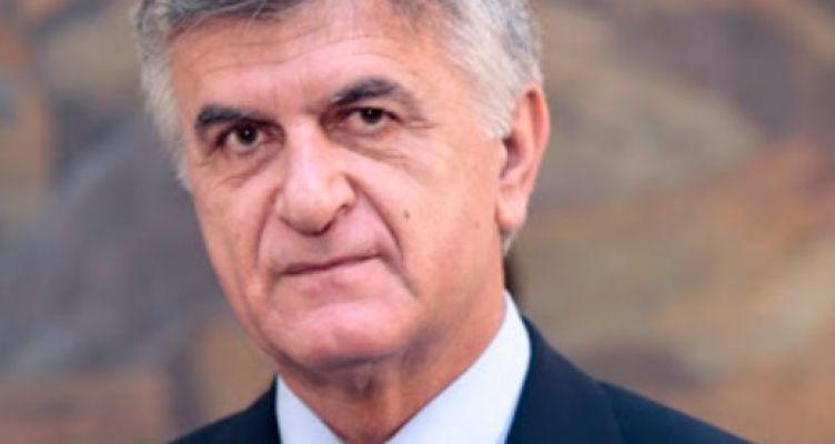 Γ. Παπανδρέου, Αποχαιρετισμός στον Φ. Πετσάλνικο