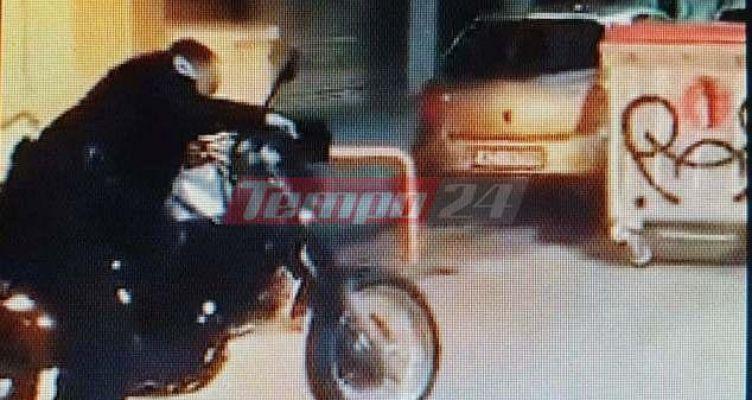 Πάτρα: Αστυνομικός σώζει μοτοσικλέτες και σταθμευμένα οχήματα (Βίντεο)