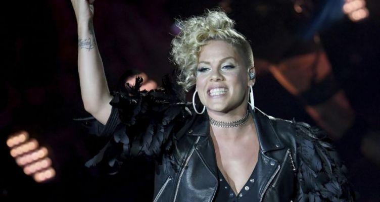 Με κορωνοϊό διαγνώστηκε η τραγουδίστρια Pink