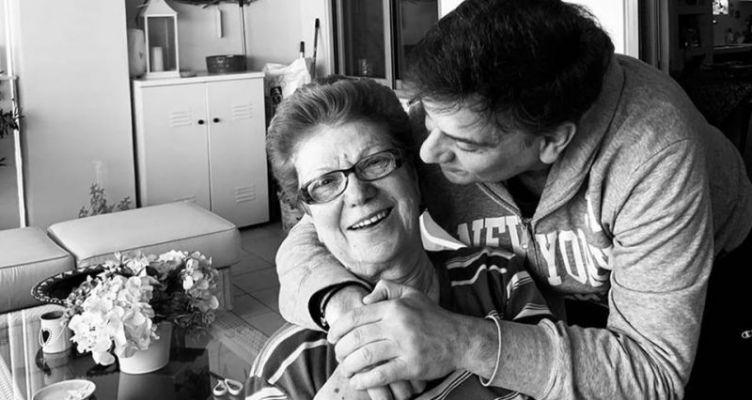 Η συγκινητική ανάρτηση του Θάνου Μωραΐτη για τη μητέρα του