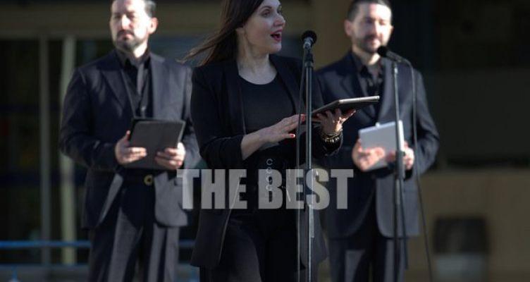Το Πανεπιστημιακό Νοσοκομείο της Πάτρας γέμισε μουσικές προς τιμήν γιατρών και νοσηλευτών