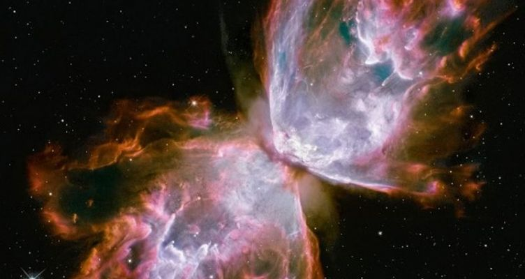 Ένα άλμπουμ για τα 30 χρόνια του διαστημικού τηλεσκοπίου Hubble