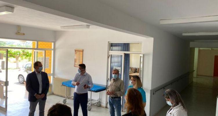 Επίσκεψη Λιβανού στο δημαρχείο και το κέντρο υγείας Αστακού