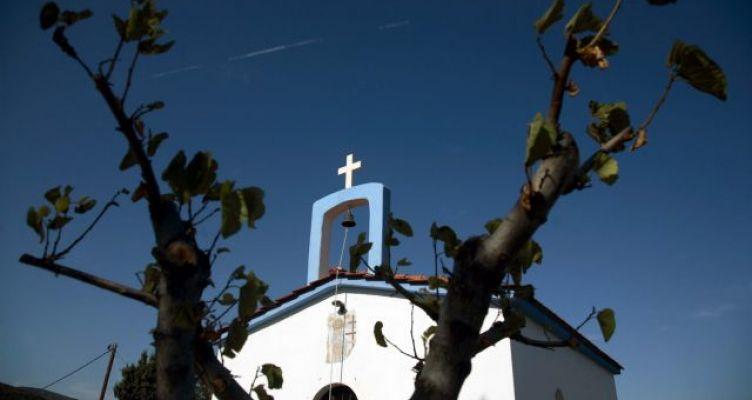 Εκκλησίες: Ανοίγουν οι ναοί, τι θα ισχύει για τη Θεία Κοινωνία, πώς θα γίνονται οι τελετές