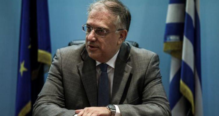 Θεοδωρικάκος: Να εφαρμοστούν από όλους τους δήμους οι ρυθμίσεις για τα τραπεζοκαθίσματα