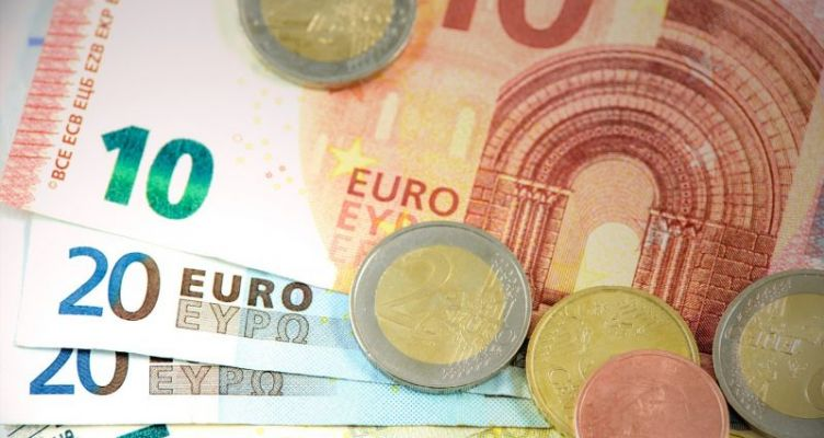 Έρχονται δάνεια έως 25.000 ευρώ ακόμα και από… εταιρείες κινητής τηλεφωνίας