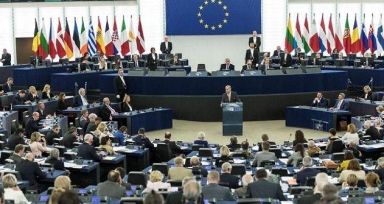 Πόσα λεφτά εισπράττει το μήνα ένας Ευρωβουλευτής
