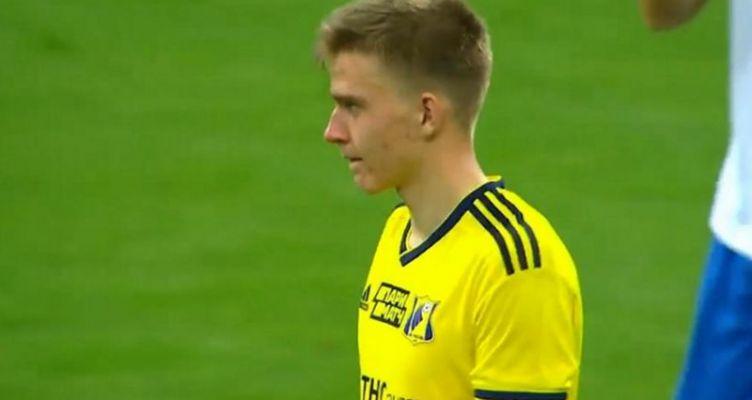MVP 17χρονος τερματοφύλακας που έφαγε… 10 γκολ στη Ρωσία! (Βίντεο)