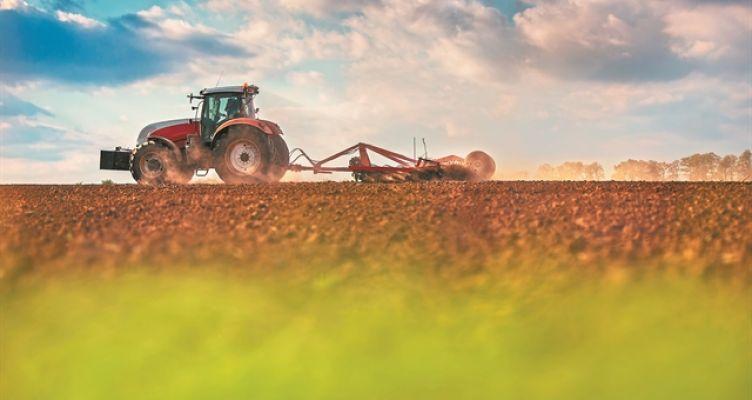 Τέλος επιτηδεύματος: Απαλλάσσονται οι επαγγελματίες αγρότες
