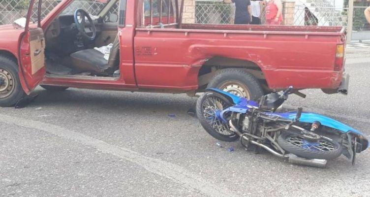 Καινούργιο:  Δύο τραυματίες μετά από σύγκρουση αγροτικού με μηχανάκι (Φωτό)