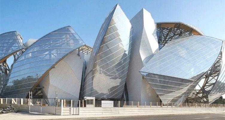 Fondation Louis Vuitton: Έκθεση αφιερωμένη στη Σίντι Σέρμαν
