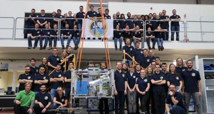 Η ερευνητική ομάδα φοιτητών του ΑΠΘ που καινοτομεί στη διαστημική τεχνολογία