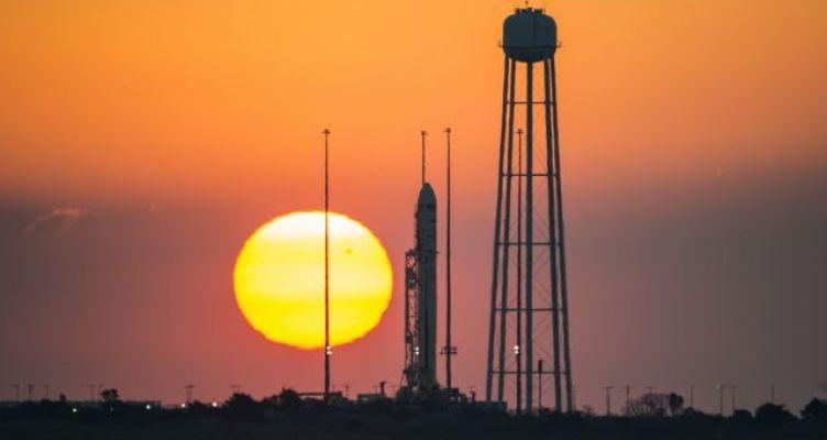 Αναβλήθηκε η εκτόξευση του διαστημικού σκάφους «Ελπίδα» για τον Άρη λόγω καιρού