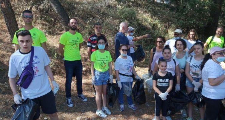 Αγρίνιο: Δράση της Ακτίνας εθελοντισμού και της Διεύθυνσης καθαριότητας