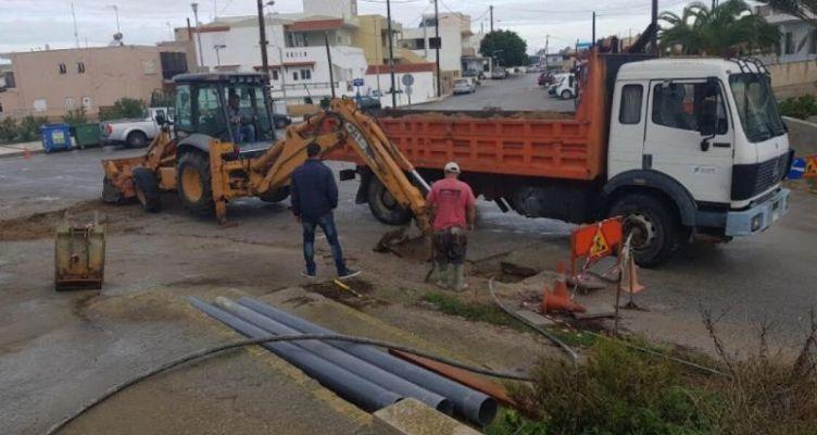 Μεσολόγγι: Δεν προχωράει η υπογείωση των δικτύων της Δ.Ε.Η. στην Κύπρου