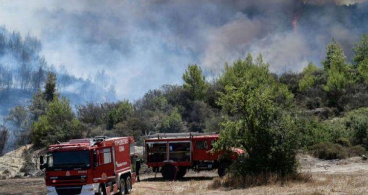 Ανετράπη πυροσβεστικό όχημα στο Κλινδιά – Ναυπάκτιοι οι τραυματίες (Βίντεο)