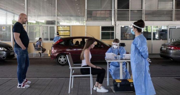 Κορωνοϊός: Κρίσιμο το επόμενο 48ωρο – Ανησυχία για τα εισαγόμενα και τα «ορφανά» κρούσματα