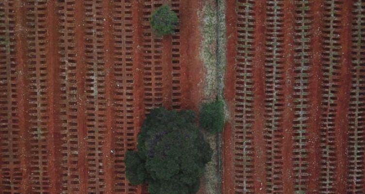 Βραζιλία: Ατελείωτοι τάφοι! Άλλοι 1.223 θάνατοι από κορωνοϊό – Πλησιάζουν τις 70.000
