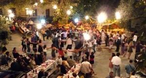 """""""Λαβράκια"""" έβγαλε η ΓΓΔΕ σε συναυλία στο Αιτωλικό πασίγνωστου λαϊκού…"""
