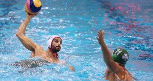 «Αιώνιο» πάρτι στην πισίνα ο Ολυμπιακός
