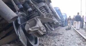 Περισσότεροι από 90 νεκροί από εκτροχιασμό τραίνου στην Ινδία (Φωτογραφίες…
