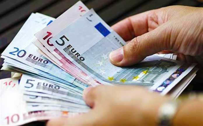Χαράτσι 400 και 800 ευρώ για όλους – Ποιοι πληρώνουν