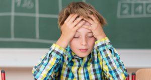 Δυσλεξία: Ποια συμπτώματα θα φανούν ανάλογα με την ηλικία του…