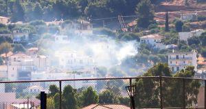 Μικρή πυρκαγιά σε κατοικημένη περιοχή στον Αστακό (Φωτογραφίες)