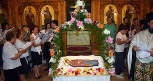 Αντίρριο: Πλήθος κόσμου στον Επιτάφιο της Παναγίας