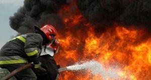 Μεγάλη φωτιά στην Ηλεία – Τραυματίστηκε πυροσβέστης