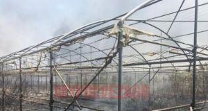 Πρέβεζα: Κάηκε εργοστάσιο! Κατευθύνεται προς το κλειστό γυμναστήριο η φωτιά…