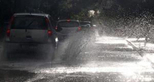 Καιρός: Έρχονται βροχές και καταιγίδες από Δευτέρα