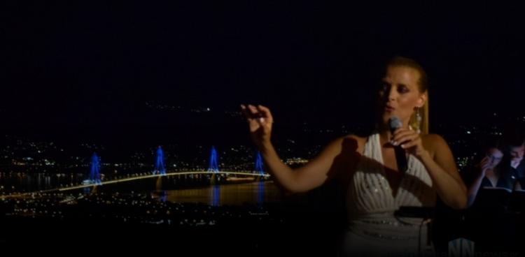 Μαγική βραδιά στο αρχαίο θέατρο Μακύνειας με την σοπράνο Τζίνα Φωτεινοπούλου (Φωτογραφίες – Βίντεο)