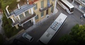 Ναύπακτος: Γάμος αλά Ελληνικά – 19 λεωφορεία συνόδευσαν τον γαμπρό…