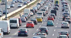 Τέλη κυκλοφορίας: Πόσο αυξάνονται και για ποια αυτοκίνητα