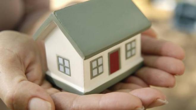 Προστασία πρώτης κατοικίας: Εγκρίθηκε η πρώτη αίτηση – Δίνεται κρατική επιδότηση
