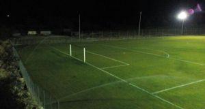 Γήπεδο Κατούνας: Εργασίες μέρα-νύχτα – Τοποθετούνται οι προβολείς