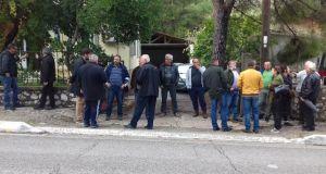 Διαμαρτυρία κτηνοτρόφων στο Δασαρχείο Αμφιλοχίας μετά από κάλεσμα της Ο.Α.Σ.…