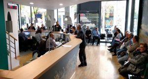 Κινδυνεύει το ΚΕΑ για 10.000 δικαιούχους