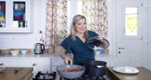 «Made @ Home»: Νέα εκπομπή μαγειρικής με τη Ντίνα Νικολάου…
