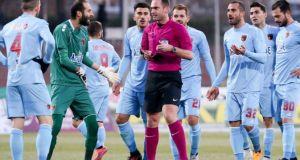 Football League: Σκόνταψε η Παναχαϊκή – Άδικη αποβολή του Βρονταρά