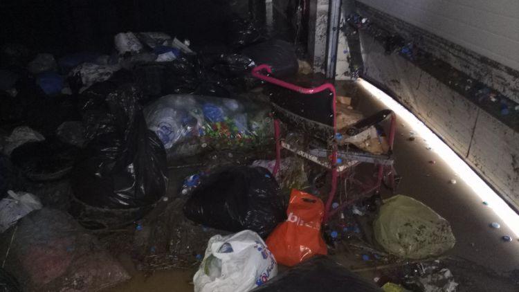 Εικόνες σοκ από την κακοκαιρία και στο κτίριο της ΕΛΕΠΑΠ Αγρινίου (Φωτό)