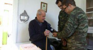 Ιατρική εξέταση ηλικιωμένων πολιτών στις Τ.Κ. Ανάληψης και Μαραθιά του…