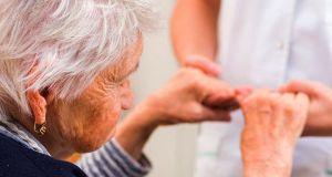 Ιατρική εξέταση ηλικιωμένων πολιτών στις Τ.Κ. Ανάληψης και Μαραθιά από…