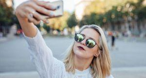 Οι πολλές selfies… δεν κάνουν καλό