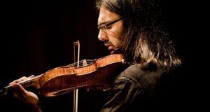 Λεωνίδας Καβάκος: «Οι συναυλίες που θα δώσουμε πρέπει να ενεργοποιούν…